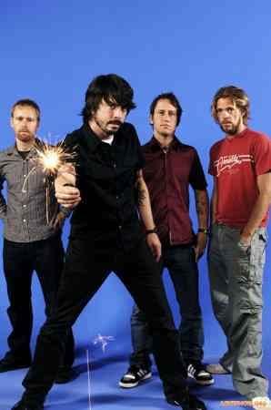 Foo Fighters (��� ������) ��� ����� �������� ������